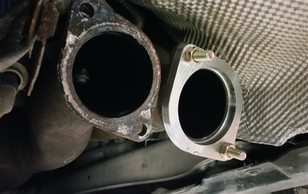bmw    twin turbo   bolt  flange pair